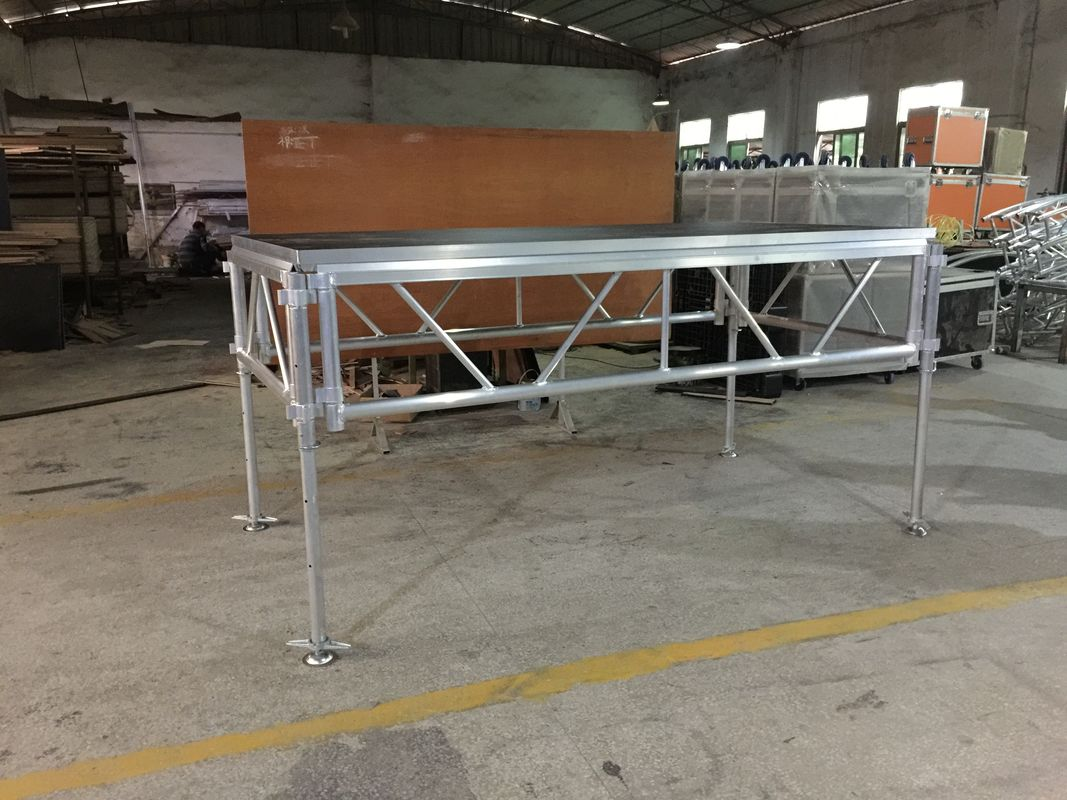 6082-T6 Aluminum Assemble Plywood Stage / 1.22 X 2.44m Outdoor Event Portable Stage